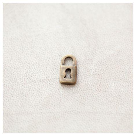 Breloque Petit Cadenas 13.5mm Bronze vieilli