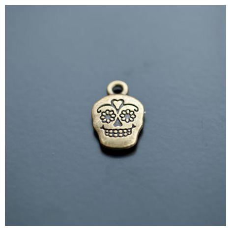Breloque Tête de mort Skull Grigri Brésil Bronze vieilli