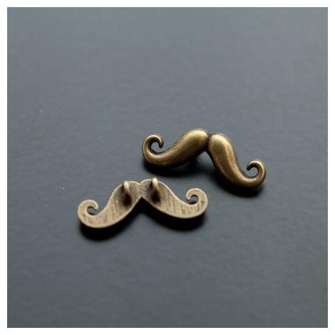 Connecteur Petite Moustache Bronze vieilli