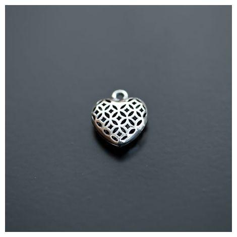 Pendentif Petit Coeur filigrane 13mm Relief Argenté vieilli