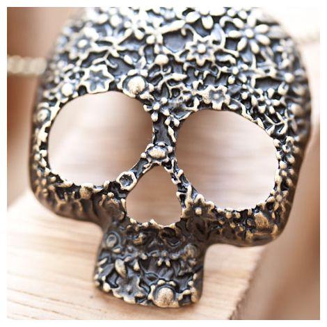 Pendentif Skull Crâne Fleur Tendance Bronze vieilli