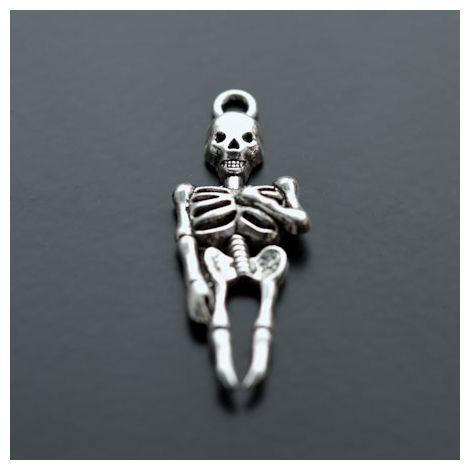 Pendentif Squelette Argent vieilli