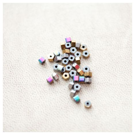 Perle en Hématite 3mm Boulon Couleur Mixte