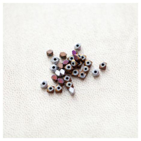 Perle en Hématite 3mm Carré Boulon Couleur Mixte