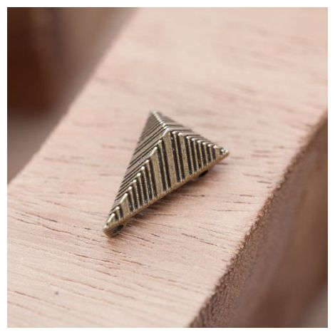 Perle en Métal Connecteur Pyramide Triangle Quadrillé Bronze vieilli