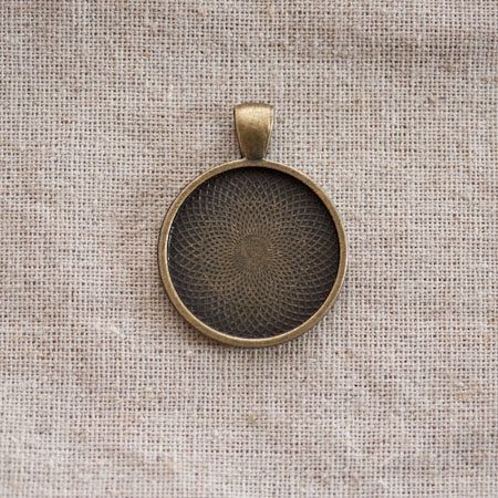 Pendentif Cadre de cabochon Rond 25mm Bronze vieilli
