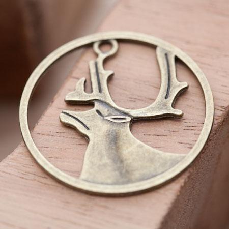 Breloque Cerf Encadré Bronze vieilli x 3