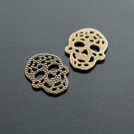 Breloque Connecteur Tête de mort - Skull plat filigrane Bronze vieilli x 8