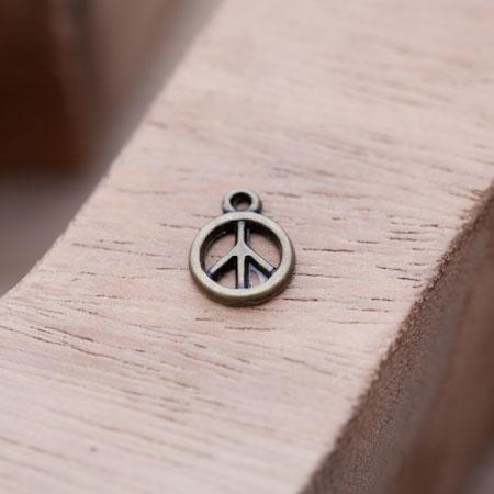 Breloque Mini Peace Bronze vieilli x 16
