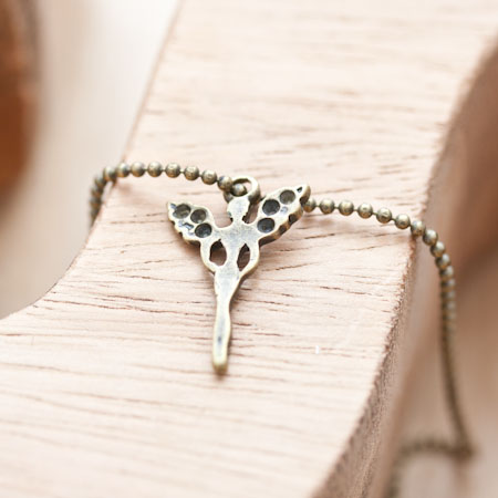 Breloque Petit ange svelte Bronze vieilli x 5