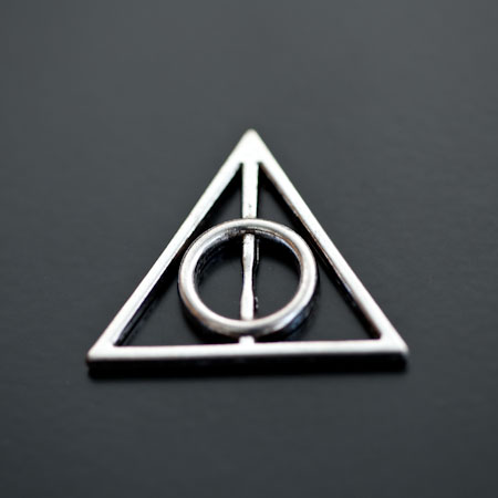 Breloque Symbole Harry Potter Argenté vieilli x 3pcs