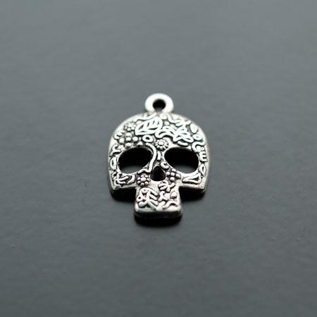 Breloque Tête de mort - Skull Motifs Argent vieilli x 4