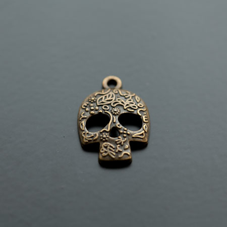 Breloque Tête de mort - Skull Motifs Bronze vieilli x 4
