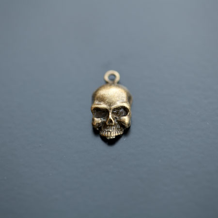 Breloque Tête de mort Skull Rebel Bronze vieilli x 8pcs