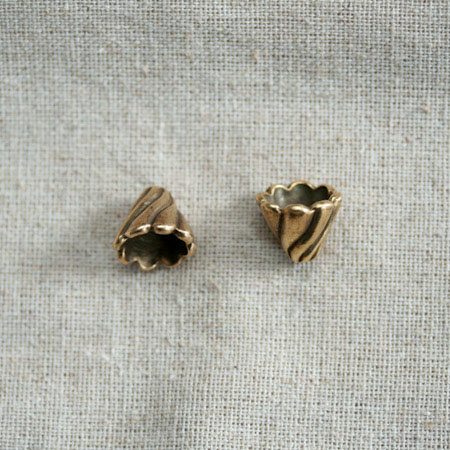Collerette Cône twist 13x12mm Bronze vieilli x 3