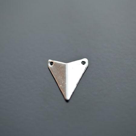 Connecteur Breloque Triangle Pointe 18x16mm Argenté vieilli x 5pcs