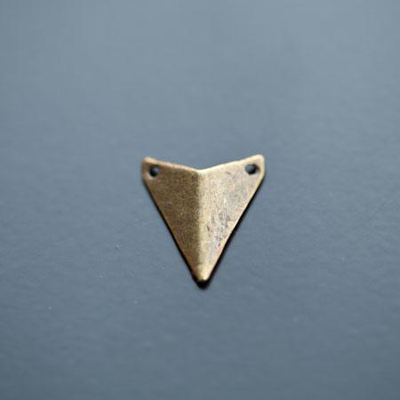 Connecteur Breloque Triangle Pointe 18x16mm Bronze vieilli x 5pcs