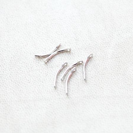 Connecteur Petit Barre Courbée 13mm Argenté gris x 20pcs