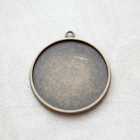 Pendentif à Cabochon Rond 30mm Bronze vieilli x 4pcs
