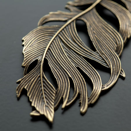 Pendentif Grande Plume Sauvage Bronze vieilli