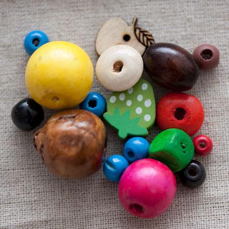 Perles en bois mélangées x 100