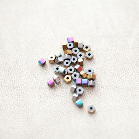 Perle en Hématite 3mm Boulon Couleur Mixte x 42pcs