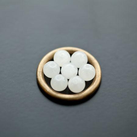 Perle en Jade 6mm Blanc x 12