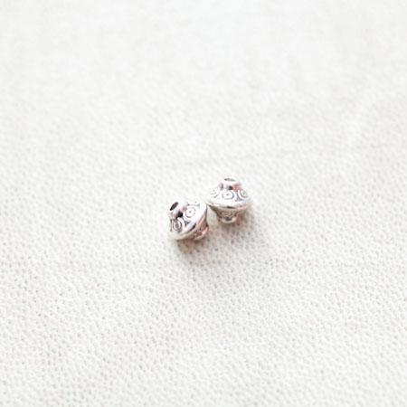 Perle en métal Bicone 7x6.5mm Motifs Argent vieilli x 14pcs