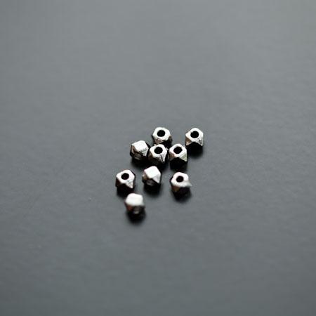 Perle en métal Boulon 3mm Noir x 20pcs