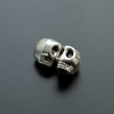 Perle en métal Tête de mort - Skull 13mm Argent vieilli x 3