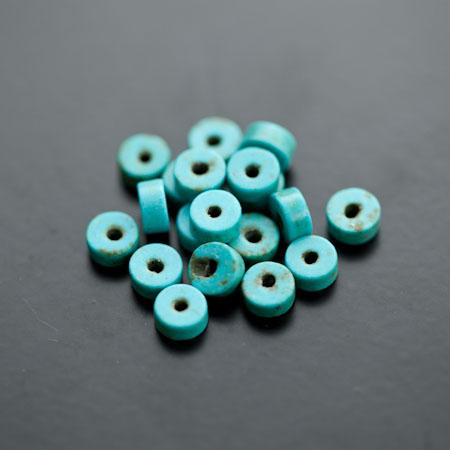 Perle en Turquoise Synthétique Pastille 6x3mm Bleu Cyan x 38pcs