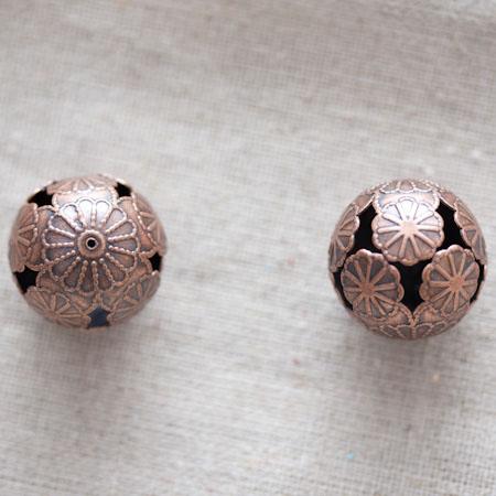 Perle métal ronde filigrane 2cm Cuivre rouge Fleurs x 15