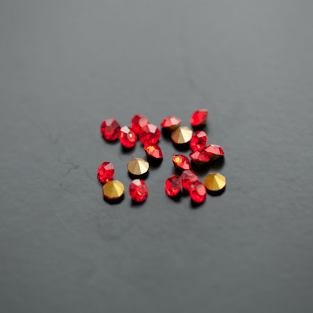 Strass en verre 3.5mm Rouge x 27pcs