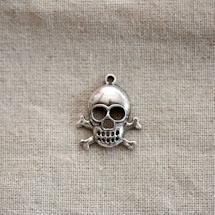 Breloque Tête de mort/Skull à os Argent vieilli x 2
