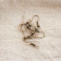 Crochet d'oreille à boule Bronze vieilli x 24