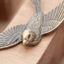 Pendentif Connecteur Grand Oiseau Volant Bronze vieilli x 1