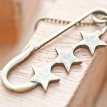 Pendentif Épingle Trois étoile Bronze vieilli x 2