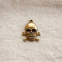 Pendentif Tête de mort/Skull à os Bronze vieilli x 2