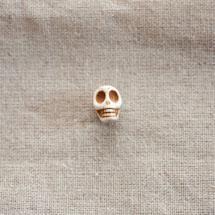 Perle de gemme 12mm Tête de mort Blanc x 16