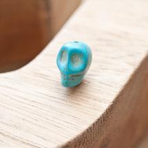 Perle de gemme 10mm Tête de mort Bleu x 6