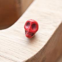Perle de gemme 10mm Tête de mort Rouge x 6