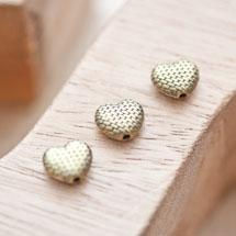 Perle en métal Coeur 8.5x10mm Quadrillée Bronze vieilli x 8