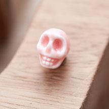 Perle en Porcelaine Tête de mort - Skull 13mm Pêche x 3