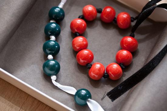 Les Lolita sont de sortie ! Les kits de création Bracelet Ruban et Perles...