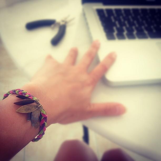 Tuto : Aya la belle ou le bracelet sauvage