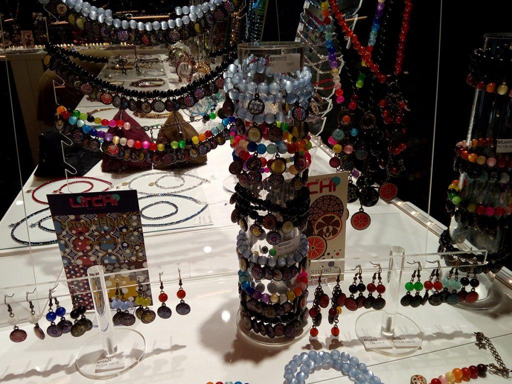 Bracelets Stand Litchi Bijorhca 09/2016