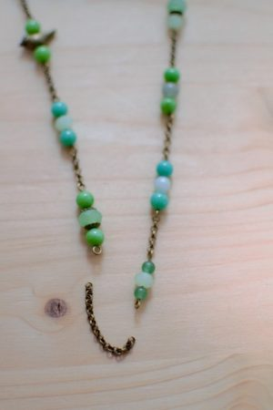 alternance chaîne bronze et perles