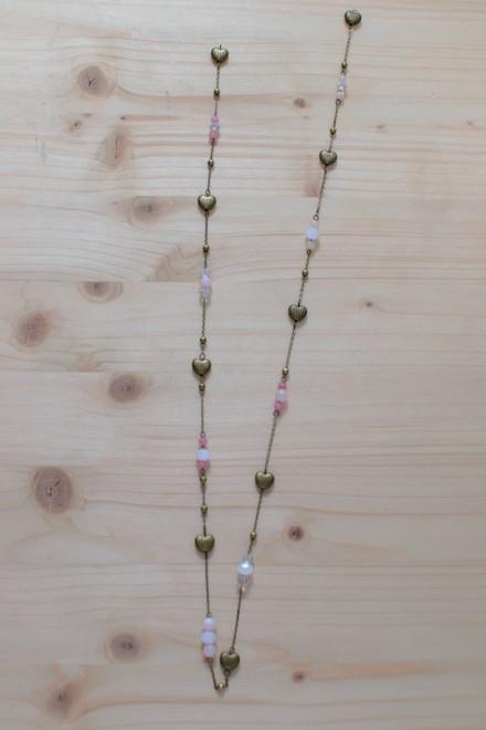 alternance chaîne, cœurs, perles roses