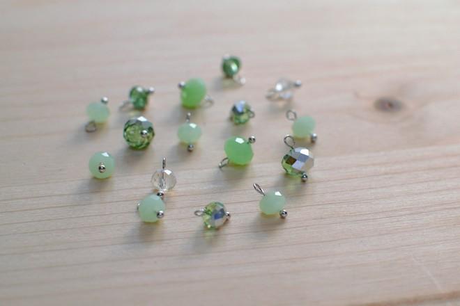 perles prêtes à fixer sur la chaîne