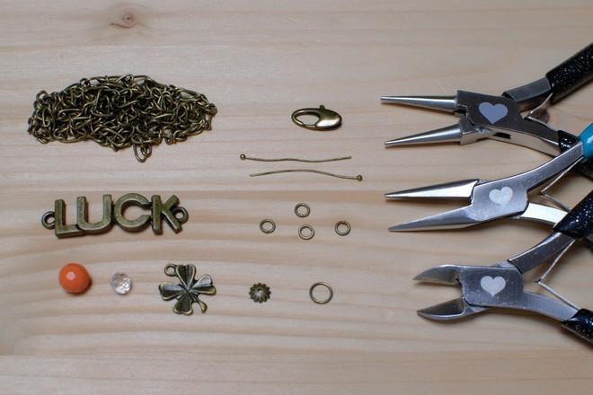 matériel nécessaire pour réaliser bracelet luck